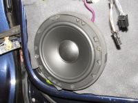 Установка акустики Morel Tempo 6 в Volkswagen Tiguan