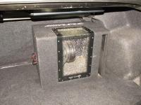 Установка сабвуфера Alpine SBG-1244BP в Mazda 3