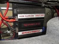 Установка усилителя Crunch PZi2100 в Lincoln Town Car