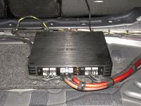 Установка усилителя Helix V EIGHT DSP в Mercedes E class (W213)