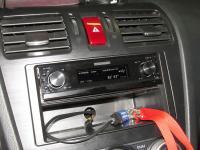 Фотография установки магнитолы Pioneer DEX-P99RS в Subaru XV
