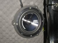 Установка акустики MTX TX265S в Toyota RAV4.4