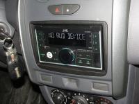 Фотография установки магнитолы JVC KW-X830BT в Renault Duster