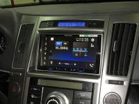 Фотография установки магнитолы Pioneer SPH-DA240BT в Hyundai ix55