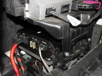 Установка усилителя Art Sound XE 1K в Audi A6 (C7)