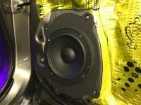 Установка акустики Morel Tempo 6 в Subaru Forester (SJ)