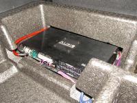 Установка усилителя Audio System M-90.4 в Hyundai Santa Fe (III)