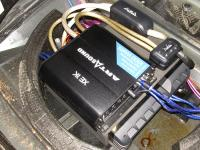 Установка усилителя Art Sound XE 1K в Volkswagen Touareg II NF