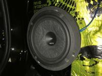 Установка акустики Hertz ESK 165L.5 в Mitsubishi Pajero Sport III