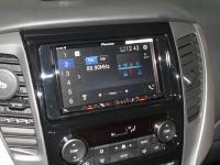 Фотография установки магнитолы Pioneer AVH-Z5100BT в Mitsubishi Pajero Sport III