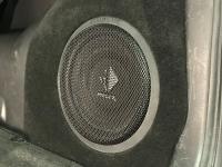 Установка сабвуфера Helix K 10W в Suzuki Grand Vitara