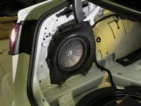Установка сабвуфера Kicker 43CWR104 в Audi A6 (C7)