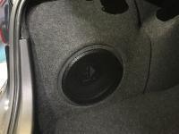 Установка сабвуфера Helix K 10W в Mazda 3 (III)