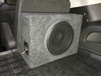 Установка сабвуфера Helix K 10W в Cadillac Escalade IV