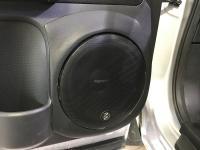 Установка акустики Eton POW 200.2 Compression в Nissan X-Trail (T31)