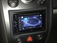 Фотография установки магнитолы Pioneer AVH-G210BT в Renault Megane 2