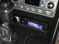 Фотография установки магнитолы Pioneer DEH-80PRS в Chevrolet Corvette C5