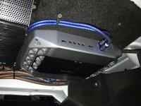 Установка усилителя Infinity Kappa K600 в Mercedes C class (W204)