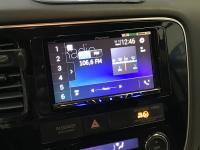 Фотография установки магнитолы Pioneer SPH-DA240BT в Mitsubishi Outlander III