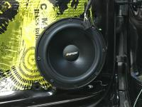 Установка акустики Eton POW 200.2 Compression в Volkswagen Tiguan II