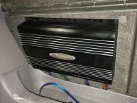 Установка усилителя E.O.S. AE-4102 LE Bi-amping в Toyota Celica