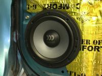 Установка акустики Morel Maximo Ultra 602 в Suzuki Splash