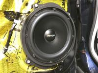 Установка акустики Eton POW 200.2 Compression в Infiniti QX80