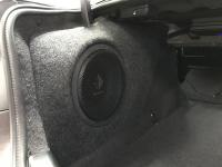 Установка сабвуфера Helix K 10W в BMW 5 (F10)