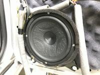 Установка акустики Hertz ESK 165L.5 в Volvo S70