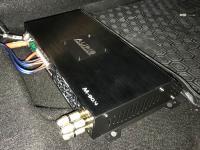 Установка усилителя Audio System M-90.4 в Renault Duster