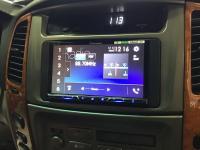 Фотография установки магнитолы Pioneer AVH-Z5100BT в Toyota Land Cruiser 100
