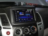 Фотография установки магнитолы Pioneer AVH-Z5100BT в Mitsubishi Pajero Sport