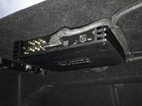 Установка усилителя Helix V EIGHT DSP в Mercedes C class (W205)