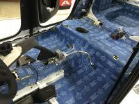 Установка Comfort Mat BlockShot в Skoda Rapid