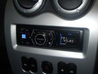 Фотография установки магнитолы Alpine iDA-X313 в Renault Logan