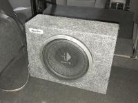 Установка сабвуфера Helix K 10W box в Ford Kuga II