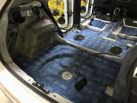 Установка Comfort Mat BlockShot в Volkswagen Tiguan II