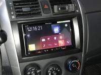 Фотография установки магнитолы Pioneer SPH-DA240BT в Toyota Corolla X
