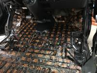 Установка Comfort Mat Dark D3 в Volkswagen Caravelle T6