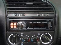 Фотография установки магнитолы Alpine CDE-120RM в BMW 3 (E36)