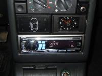 Фотография установки магнитолы Alpine CDE-9850Ri в Lada 2112