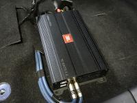 Установка усилителя JBL Stage A9004 в Mitsubishi Lancer X