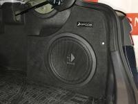 Установка сабвуфера Helix K 12W в Toyota Camry V70