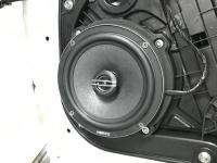 Установка акустики Hertz CX 165 в KIA Sportage IV (QL)