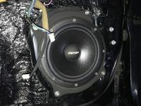 Установка акустики Eton POW 200.2 Compression в Toyota Camry V50