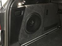 Установка сабвуфера Helix K 10W в BMW X3 (G01)