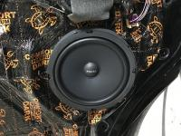 Установка акустики Focal Universal ISU200 в Volkswagen Caravelle T5