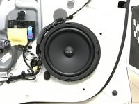 Установка акустики Focal Universal ISU200 в Skoda Yeti