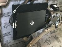 Установка усилителя Helix G FOUR в Hyundai H-1 II