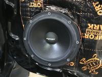 Установка акустики Eton POW 172.2 Compression в Mitsubishi Pajero Sport